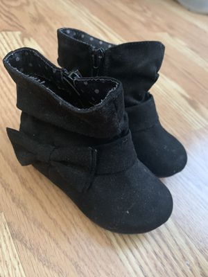 Baby girl boots for Sale in Rancho Cucamonga, CA