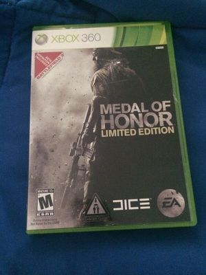 Medal of Honor Limited edition Xbox 360 game for Sale in Dallas, TX