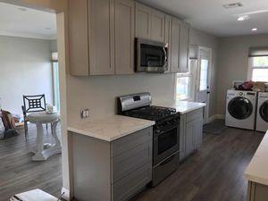 Kitchen Solid Wood Cabinet/ Quartz Counter tops/ Wholesale Distributor for Sale in Montebello, CA
