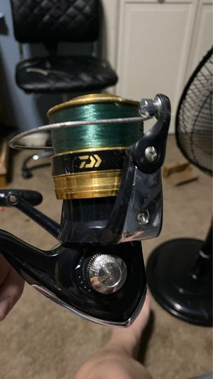 daiwa sweepfire 40002-B fishing reel for Sale in Mount Sinai, NY