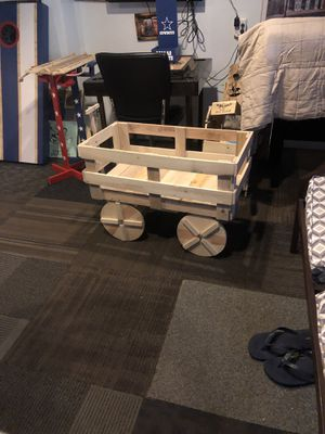 Reclaimed wood wagon for Sale in PA, US