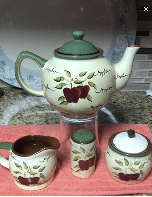 Apple orchard teapot set exclusively home interiors for Sale in Dallas, TX