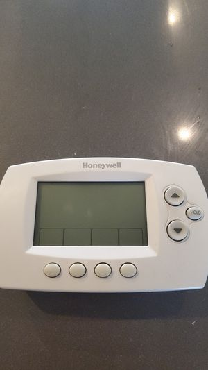 Honeywell wireless thermostat for Sale in Denver, CO