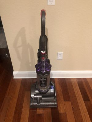 Dyson animal vacuum for Sale in Fort Lauderdale, FL