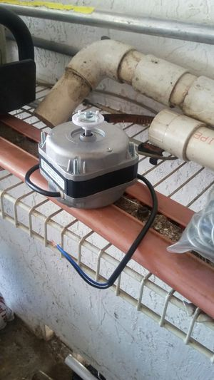 Freezer motor fan for Sale in Chicago, IL