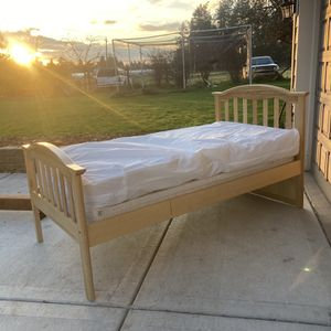 Wooden Twin Bed With Mattress for Sale in Oregon City, OR