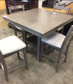 (BRAND NEW) 5- PC Breakfast Kitchen Dining Table for Sale in Missouri City, TX