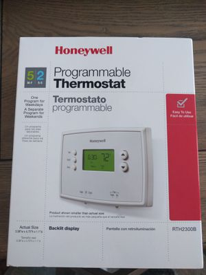 Honeywell programmable thermostat for Sale in Ashburn, VA