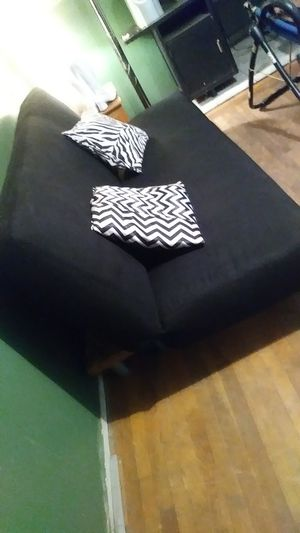 Black Futon and thick futon cover for Sale in Fresno, CA
