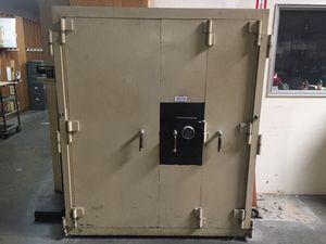 "Safe 64"" x 34"" x 75"", vault, bank, guns, money safes for Sale in Montclair, CA"