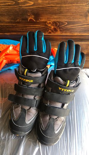 kids snow boots for Sale in Santa Fe Springs, CA