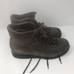 Vintage Scarpa Leather Hiking Boots Men's Size 9 for Sale in Anchorage, AK