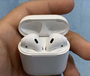 Apple Airpods for Sale in Baltimore, MD