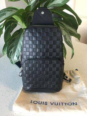 Louis Vuitton Avenue Sling Bag for Sale in Phoenix, AZ