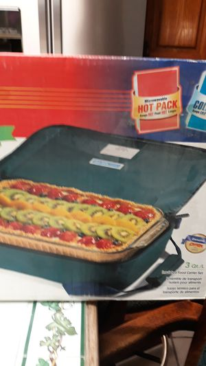 Pyrex portables Food Carrier for Sale in Mesa, AZ