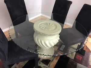 Glass Table with 4 Suede Chairs & 8Ft. Circle area Rug for Sale in Centreville, VA