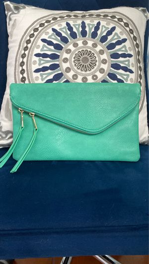 Cross body bag for Sale in North Bethesda, MD