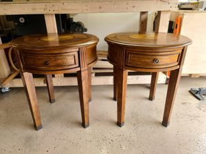 Beautiful Matching Wooden End Tables for Sale in Monroe, WA