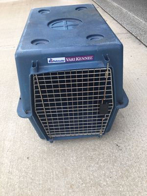 Dog Crate. Medium size) for Sale in Woodstock, GA