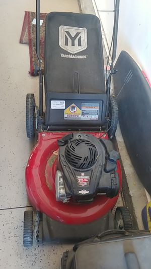 Lawn Mower briggs and Stratton 140cc for Sale in Rancho Cucamonga, CA