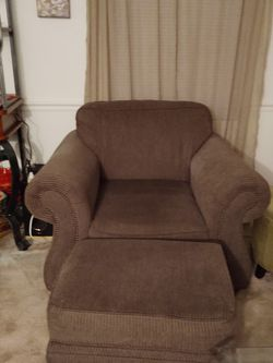 Sleeper Sofa, Love Seat, Chair and Ottoman for Sale in Lutz,  FL
