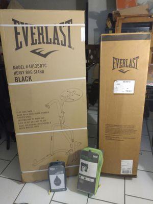 Everlast boxing equipment for Sale in Las Vegas, NV