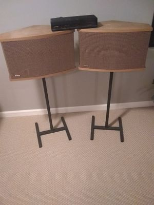 Speakers Bose 901 with equalizer and unlimited wattage and speaker stands for Sale in Bethesda, MD