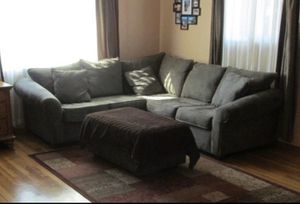 Couch / sectional for Sale in Turlock, CA