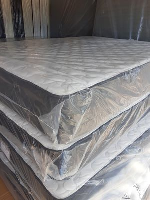 Queen set $ 170 / Full set $ 150 / free box spring for Sale in BVL, FL