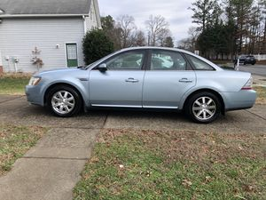 09 Ford Taurus for Sale in Richmond, VA