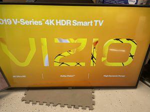 """Vizio 55"""" Smart 4K UHD HDR LED V series TV for Sale in Hesperia, CA"""