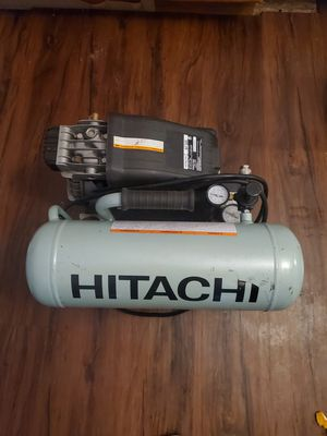 Like new hitachi air compressor for Sale in Bremerton, WA