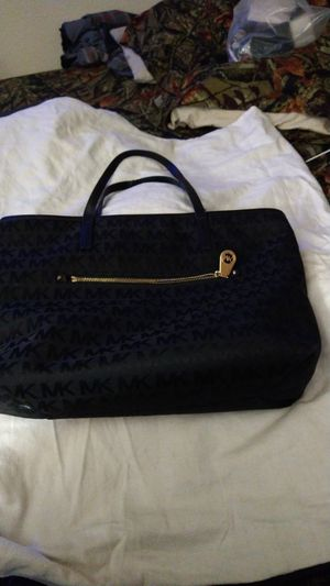 Michael kors tote bag for Sale in Mesa, AZ