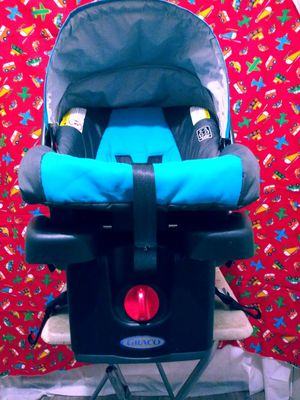 Infant car seat for Sale in The Bronx, NY