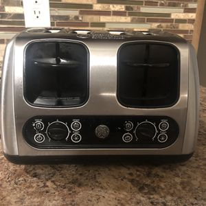 4-slice toaster for Sale in Woonsocket, RI