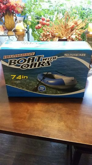 2 person Inflatable boat with Oars for Sale in Kirkland, WA