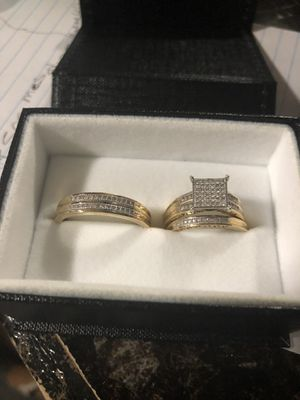 Beautiful 3 wedding rings set for sale real gold real diamonds for Sale in Hyattsville, MD