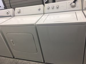 WHIRLPOOL WASHER AND DRYER SET! for Sale in Charlotte, NC