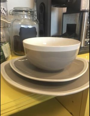 Dinnerware set for Sale in Los Angeles, CA