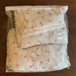 Full Size Bed Sheets Set- 100% Microfiber for Sale in San Diego, CA