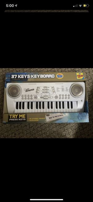 Kids Stuff, 37 Keys Keyboard, Brand New! ( Kids Toys ) for Sale in Valley Stream, NY