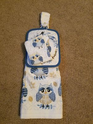 Crocheted Top Owl Towel, Dish Cloth & Pot Holder for Sale in Kissimmee, FL