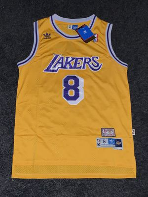 Lakers retro Kobe size xl for Sale in Los Angeles, CA