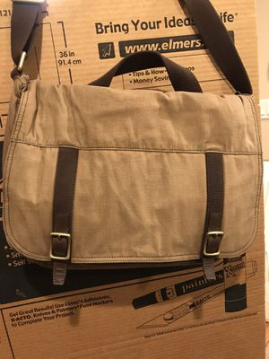 Fossil messenger bag for Sale in Highland, CA
