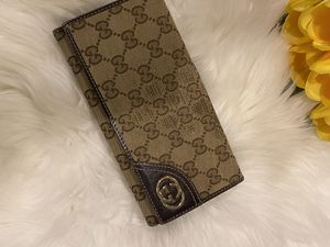 Gucci canvas authentic wallet for Sale in Houston, TX