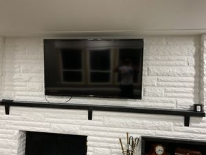 60 inch Samsung led UHD smart tv for Sale in Avon, OH