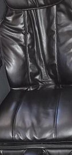 Zero Gravity Massage Chair for Sale in Hollywood,  FL