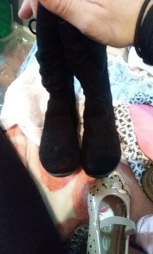 Blk suede little girl toddler Boots for Sale in St. Louis, MO