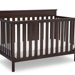 4-in-1 Toddler Bed for Sale in Cleveland, OH
