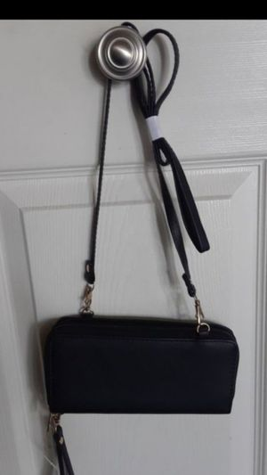 Black purse for Sale in Chino, CA